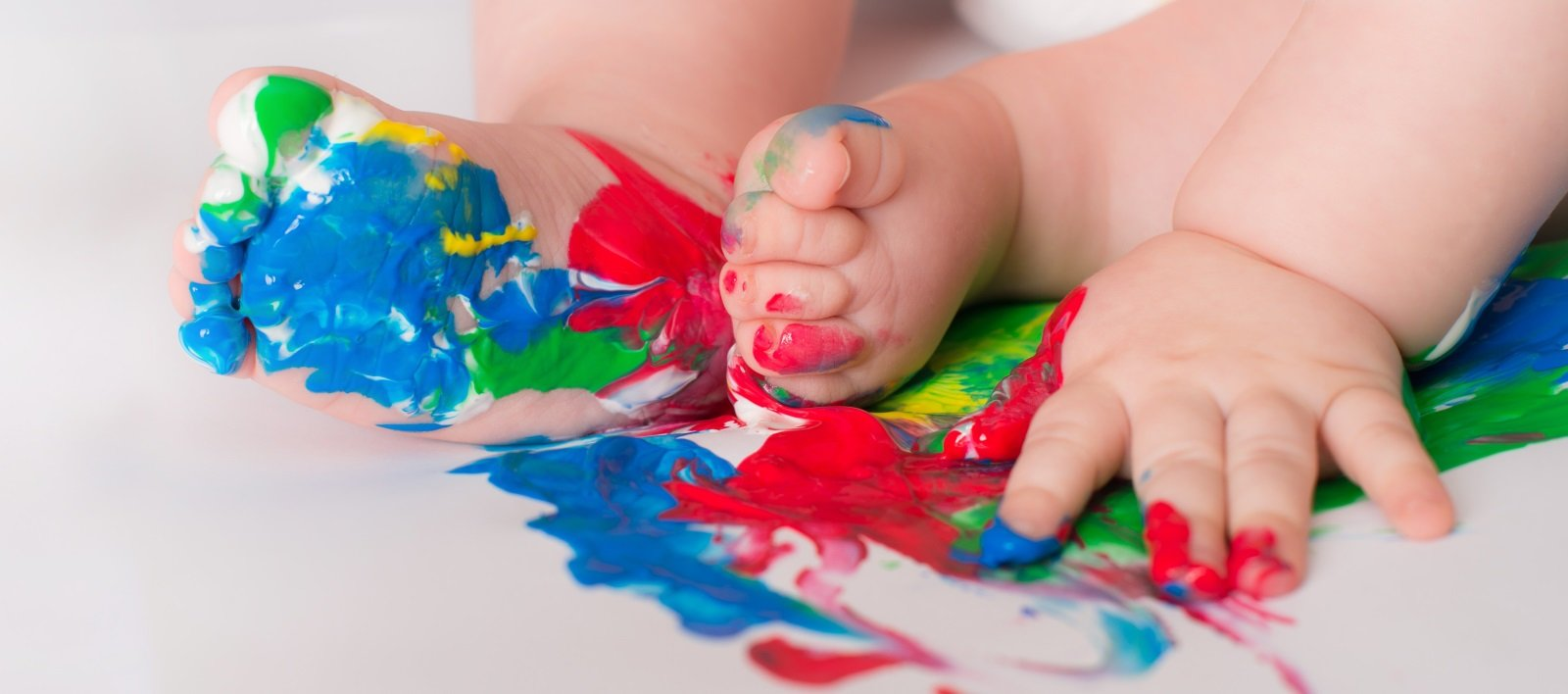 Arts, Craft & Messy Play