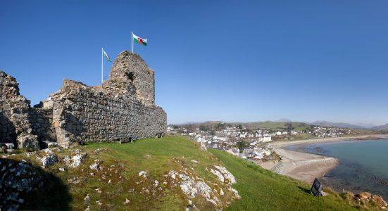 Criccieth Castle/ Castell Cricieth, CADW