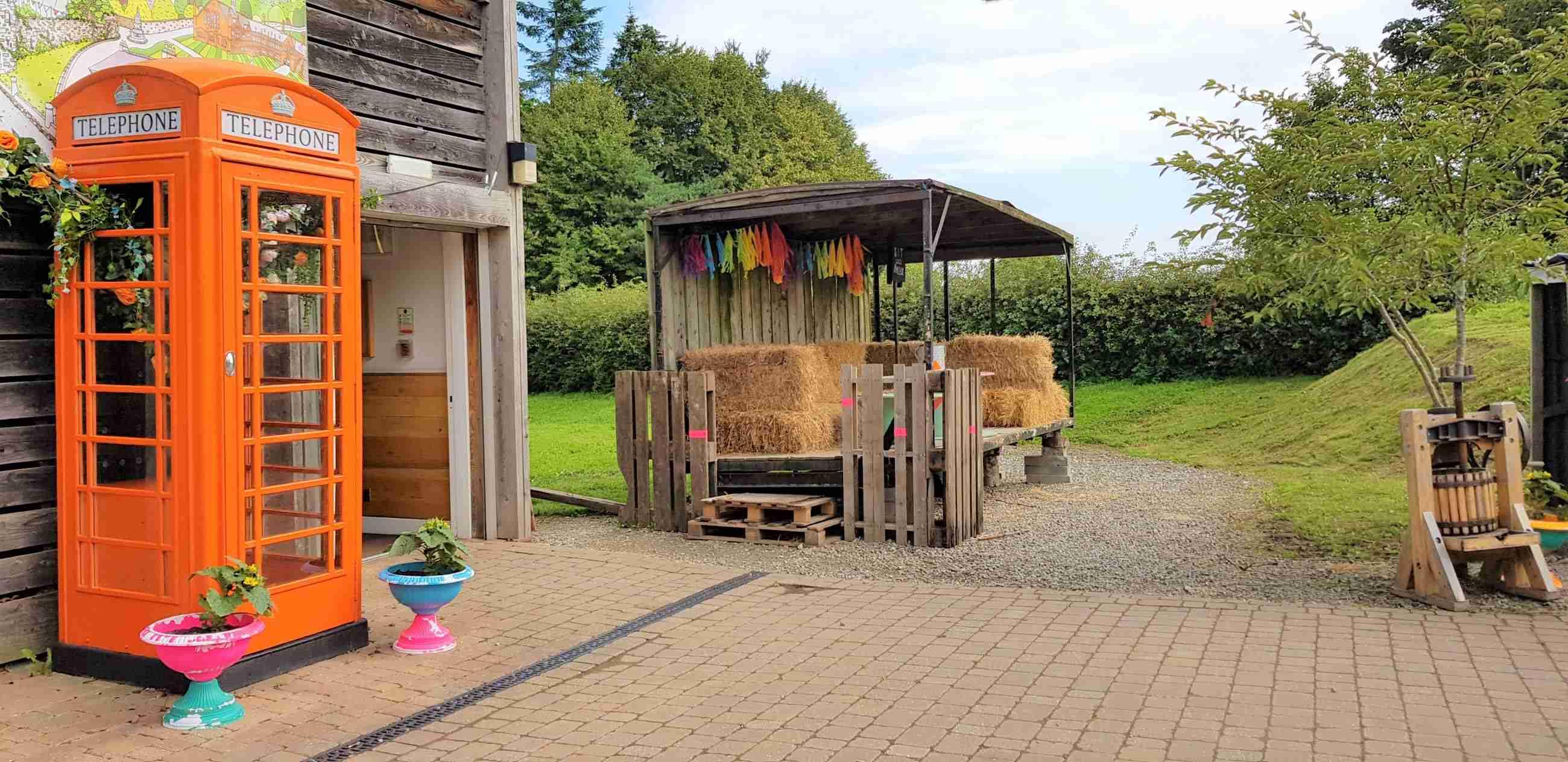 Hawarden Estate Farm Shop (PYO)