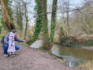 Dusting off the cobwebs with a Winter family walk to Alyn Waters, Wrexham