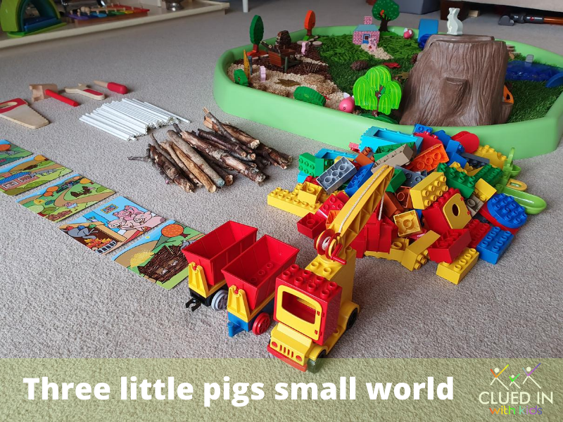 Three Little Pigs Tuff tray and small world inspiration